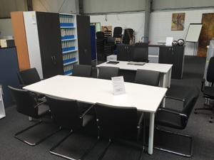 Büromöbel Ausstellung Konferenztische