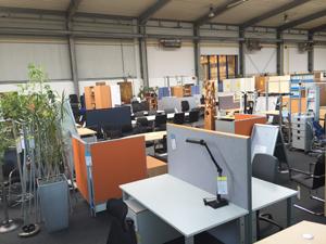 Büromöbel Ausstellung Schreibtische